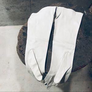 Vintage Accessories - Vintage white leather gloves 7.5 unworn